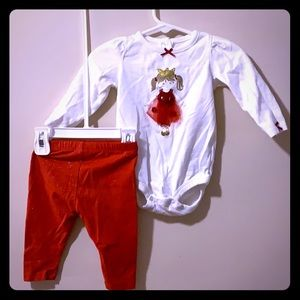 Girls 2 piece outfit 6m & 6/9 month pants & Onesie